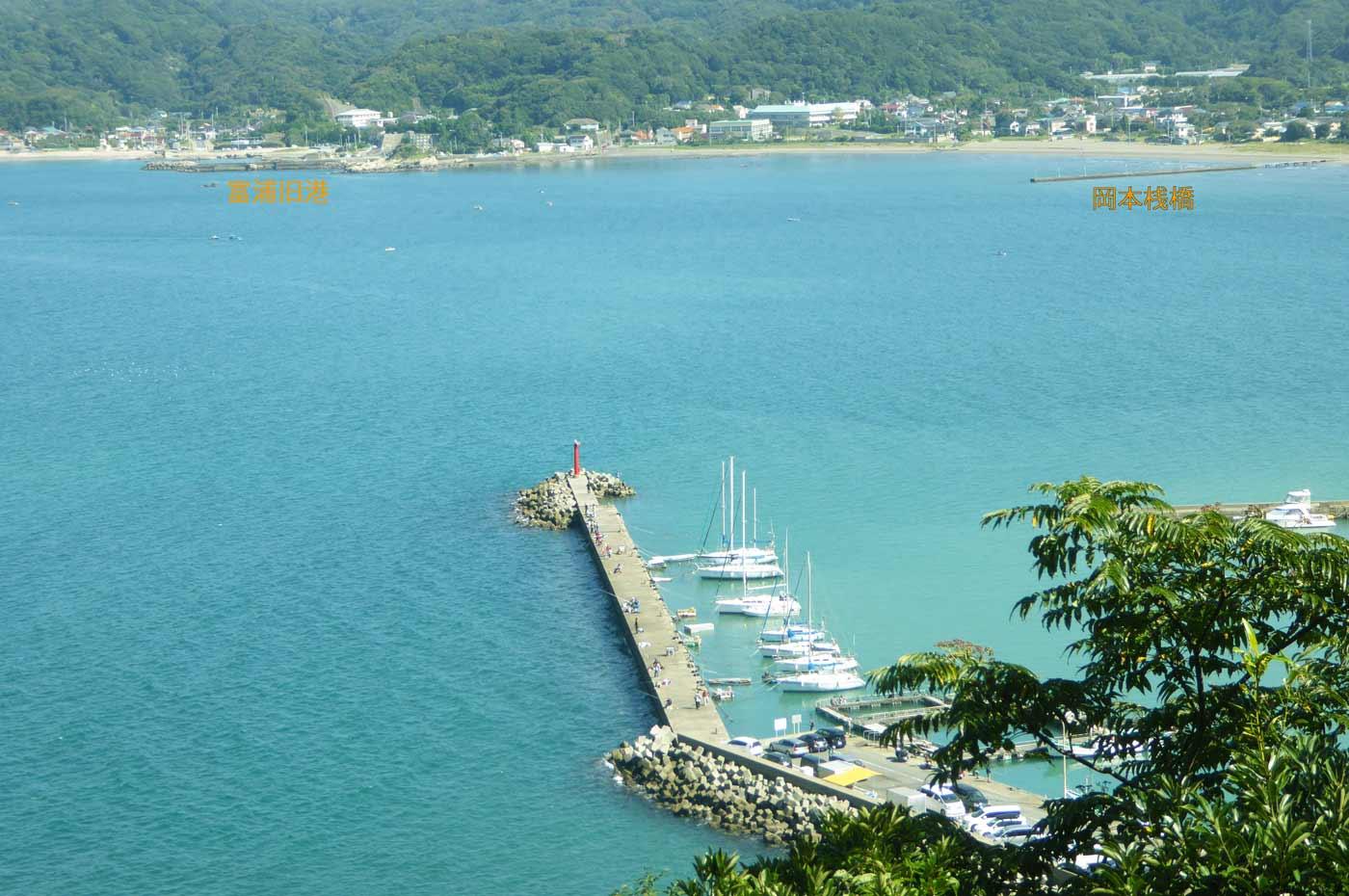 大房岬から見た富浦湾