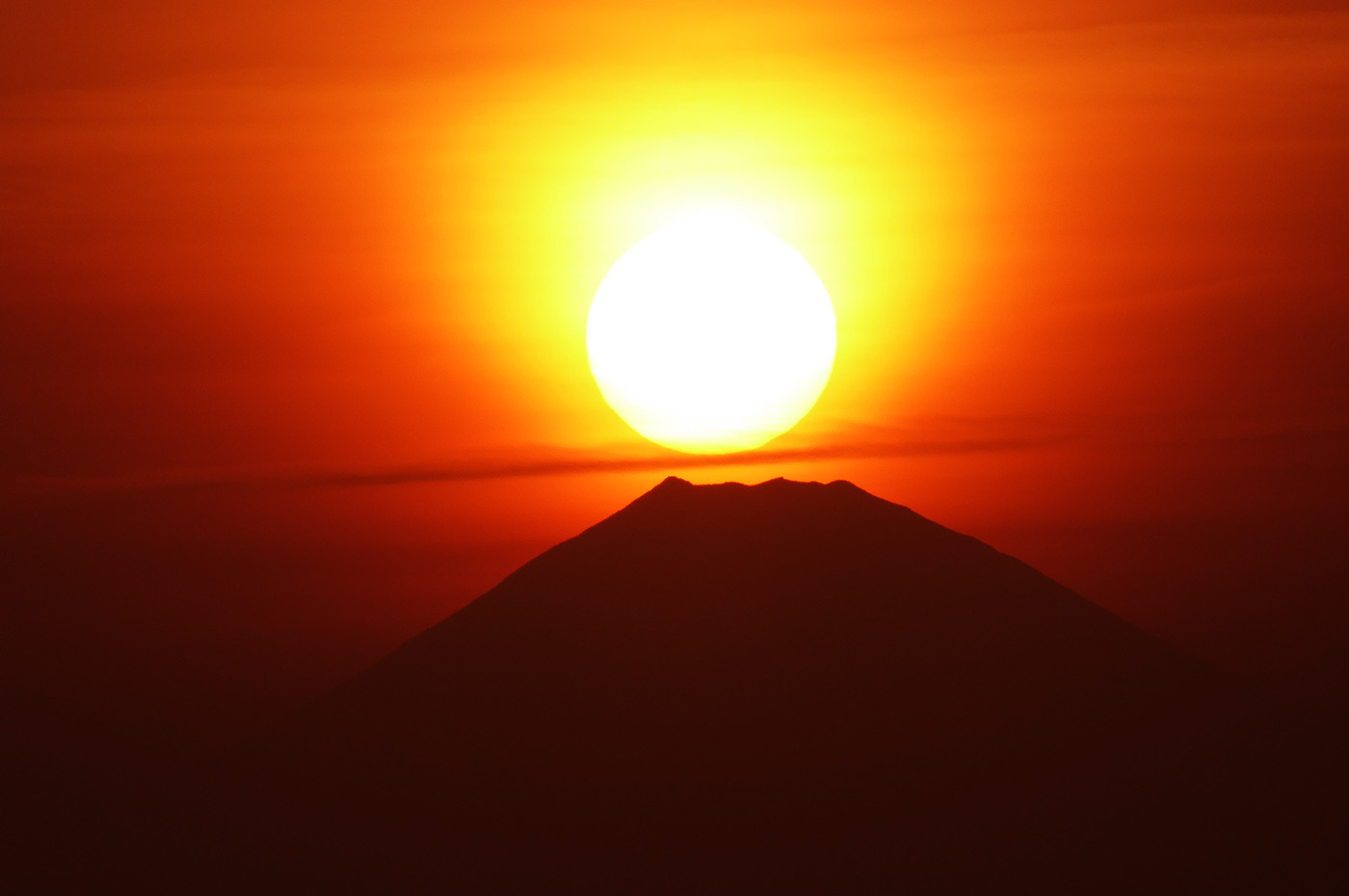 原岡海岸の赤富士
