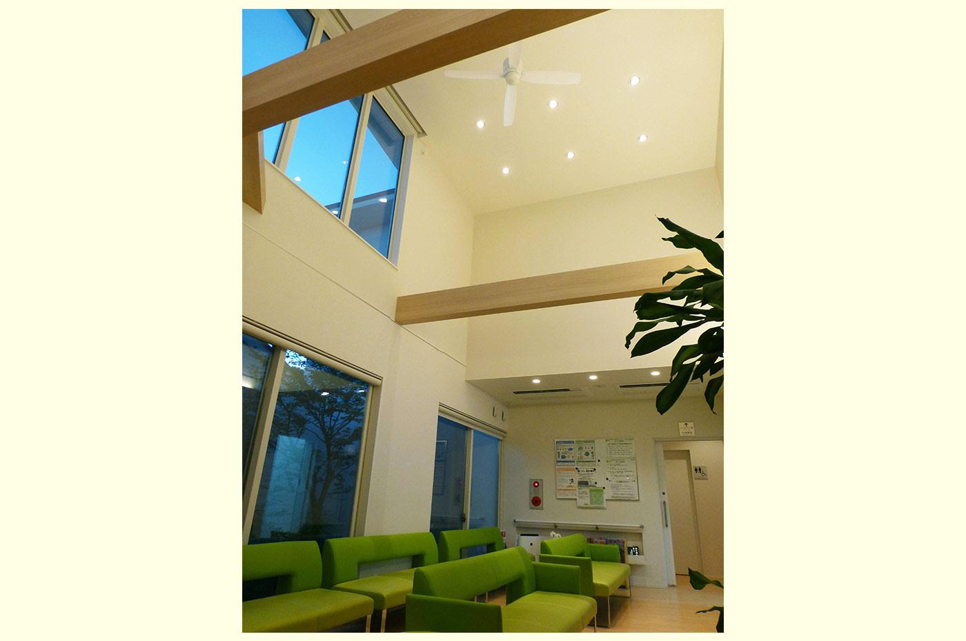 原診療所の待合室