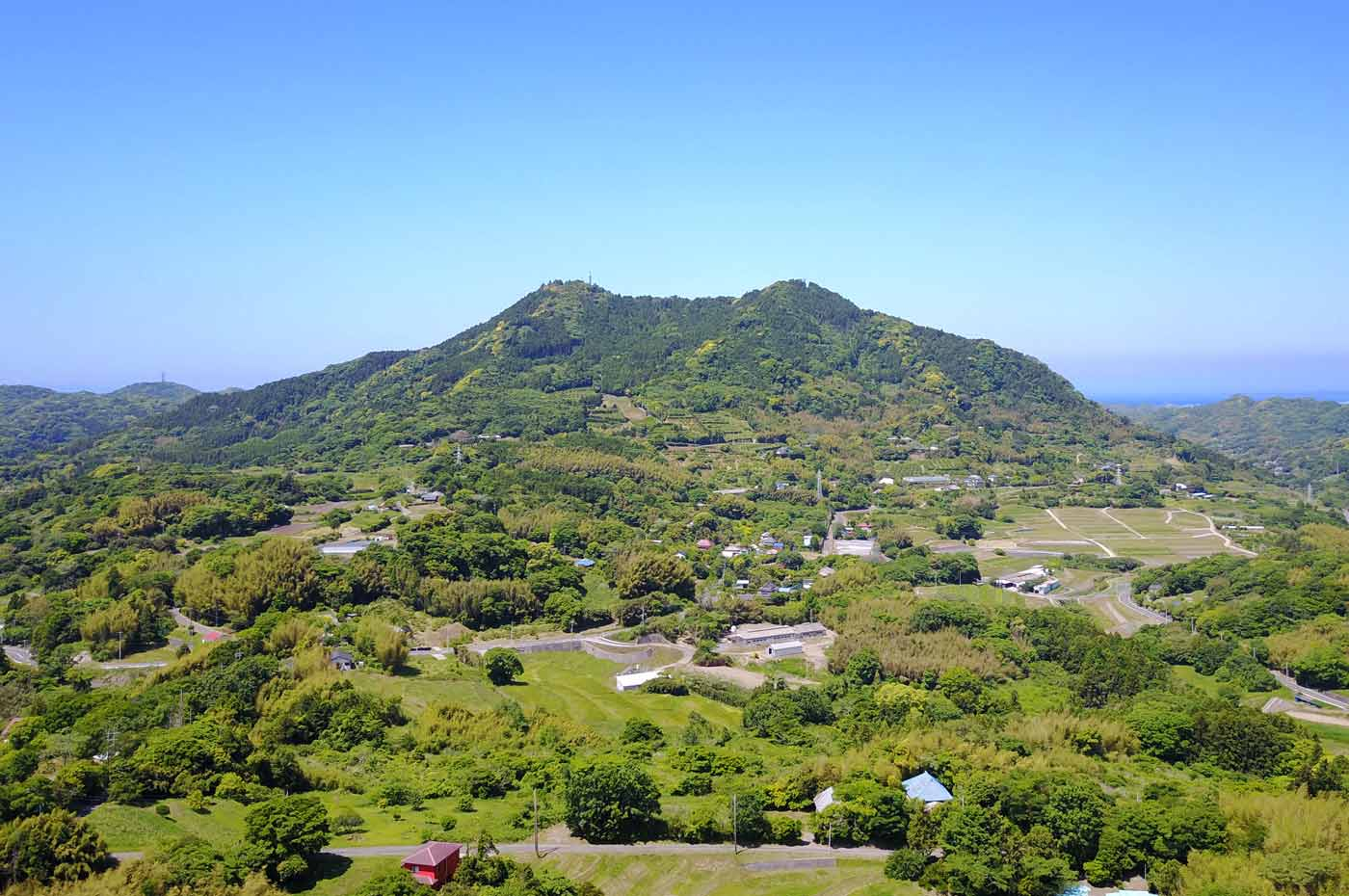 富山を馬森牧場から空撮