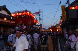 千倉の祭り 平舘と寺庭の山車