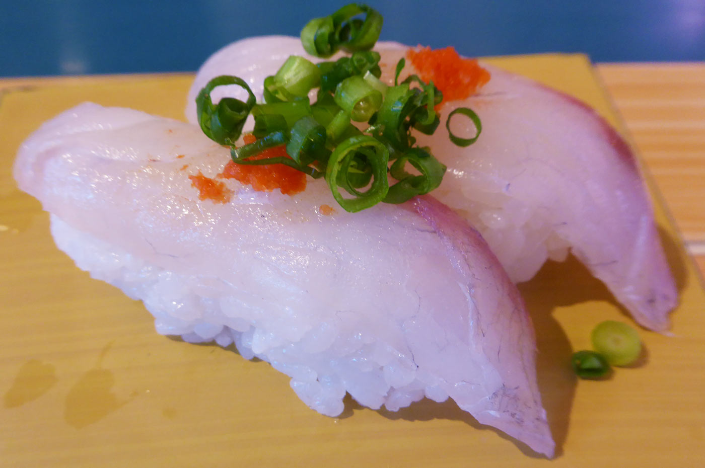 マゴチの握り寿司の画像