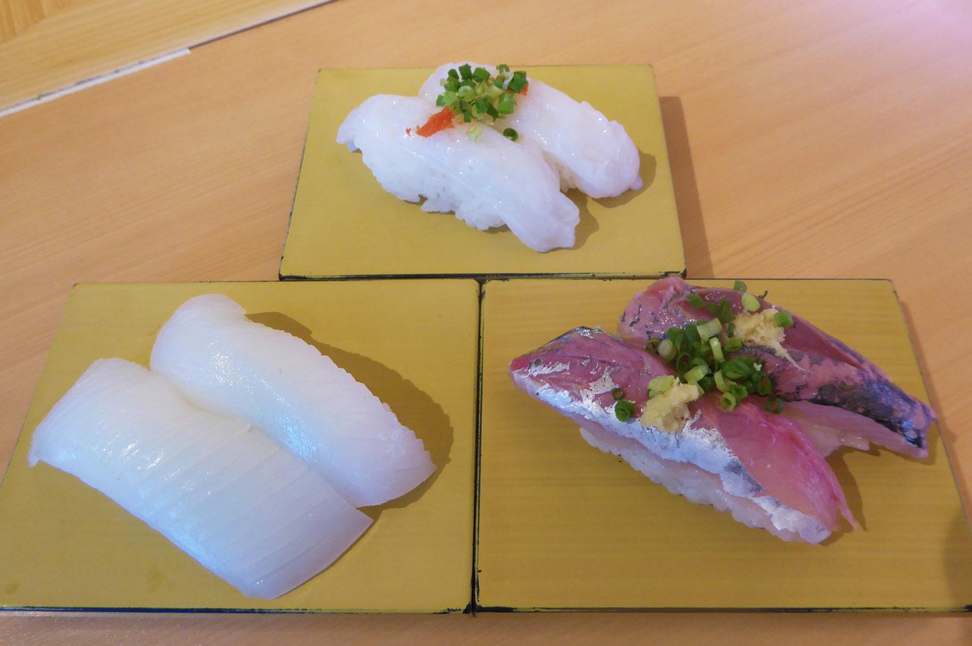 アオリイカ/活タコ/房州産アジの握り寿司