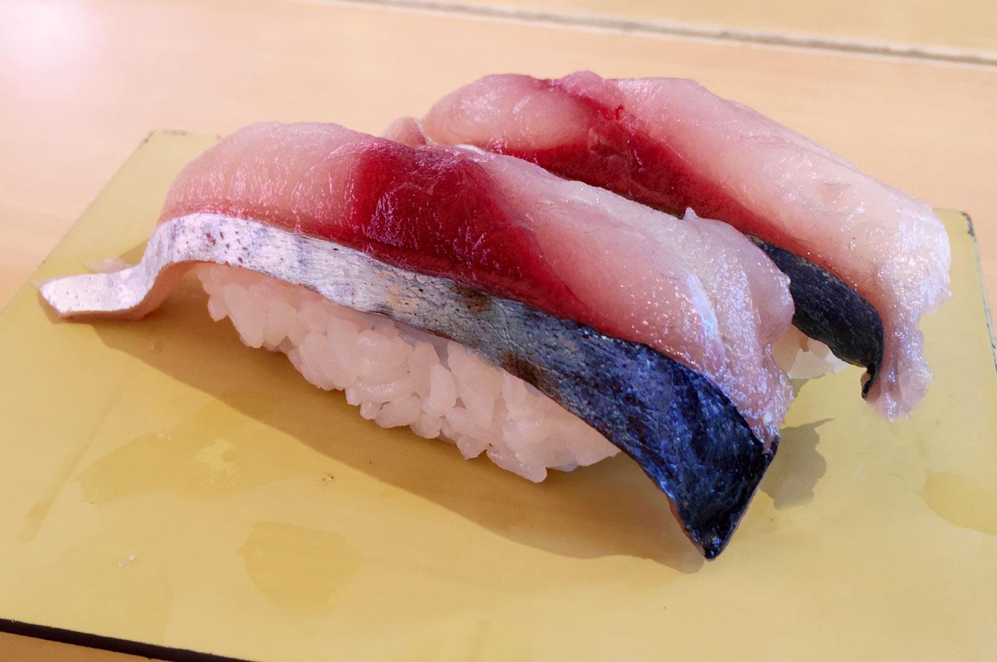 活〆生鯖の握り寿司