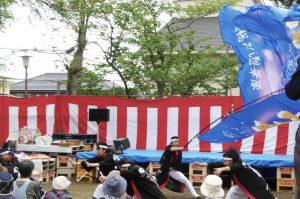 諏訪神社のしゃくやく祭り