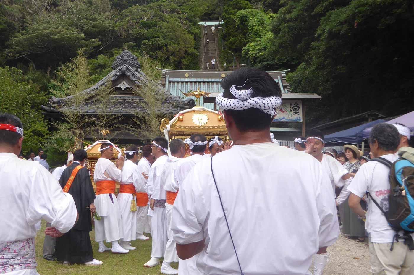洲崎神社の神輿納め