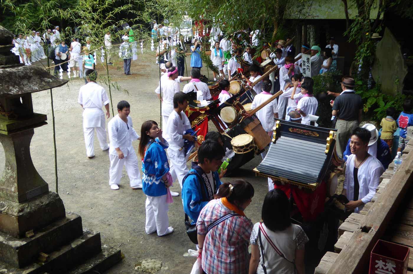高蔵神社例祭 各地区区の神輿