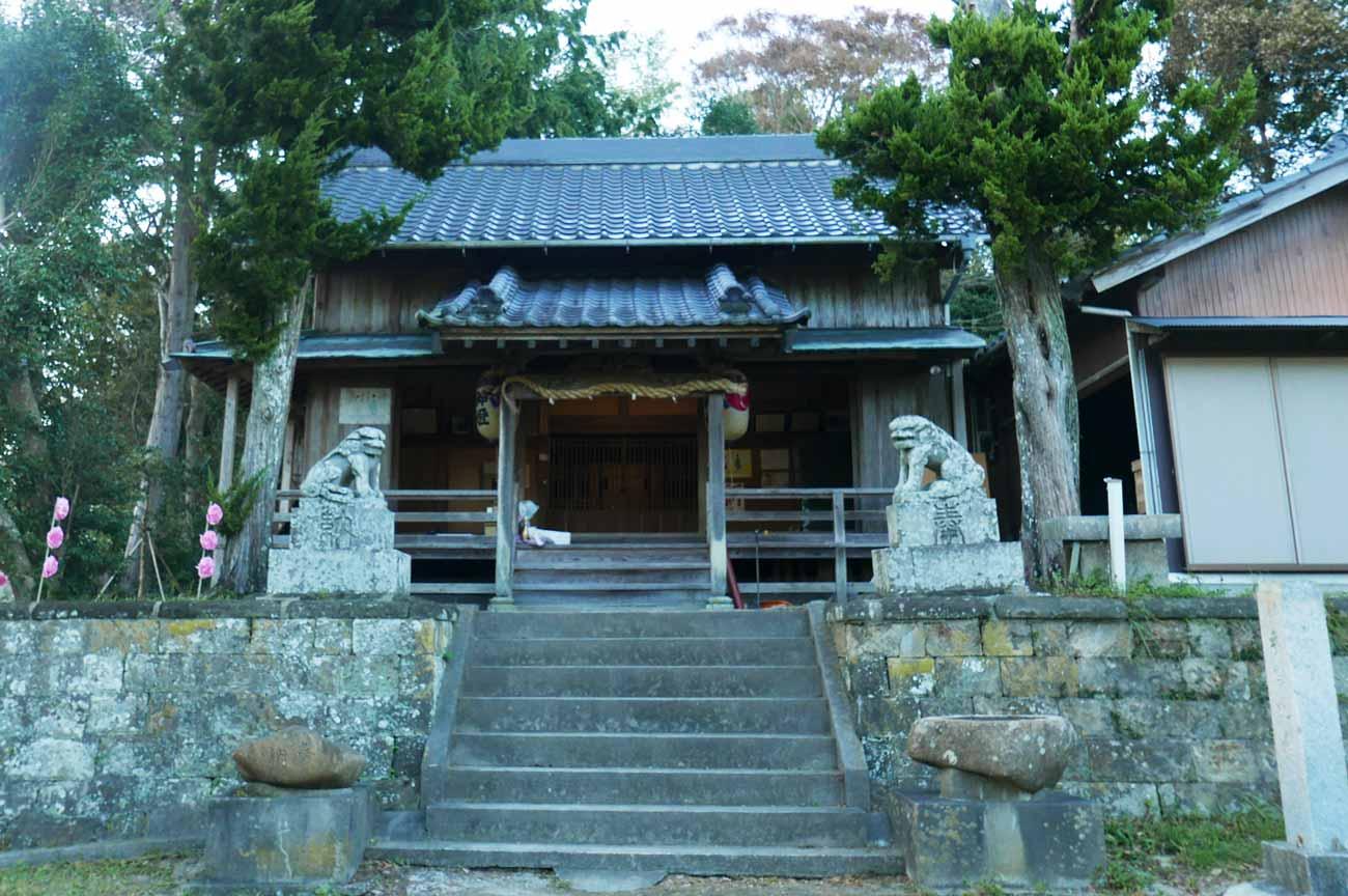 滝田神社拝殿の画像