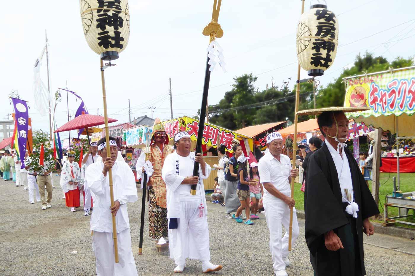 安房神社の行列