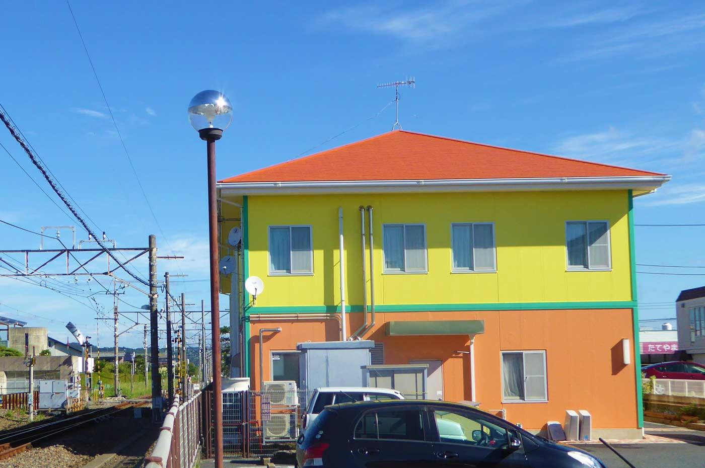 ファミール産院の駐車場