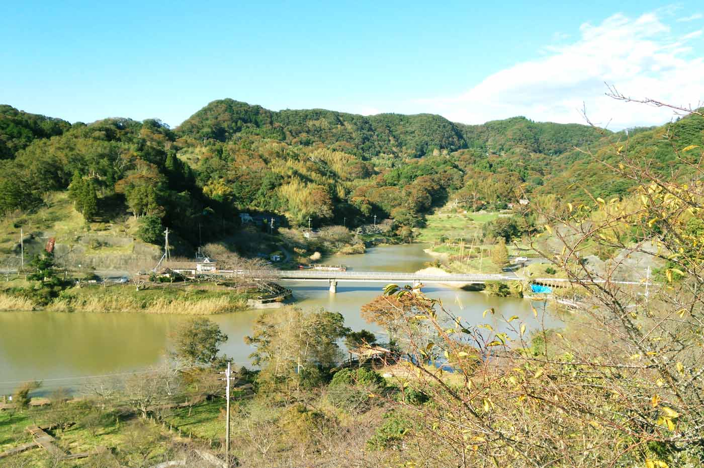 佐久間ダムの全景
