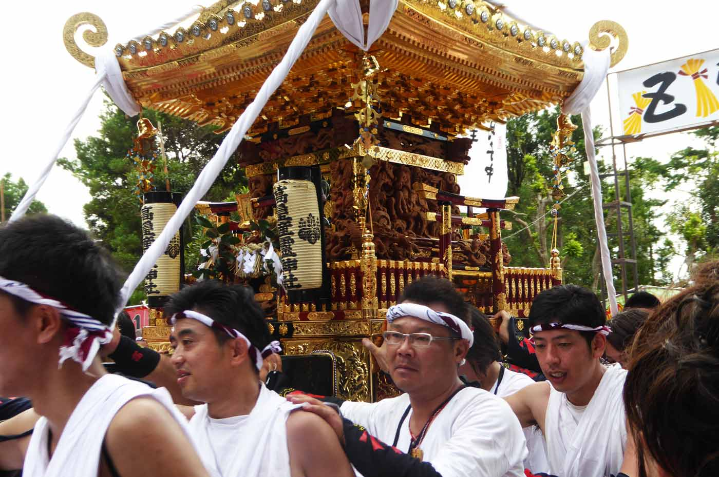 高皇産霊神社の神輿の画像