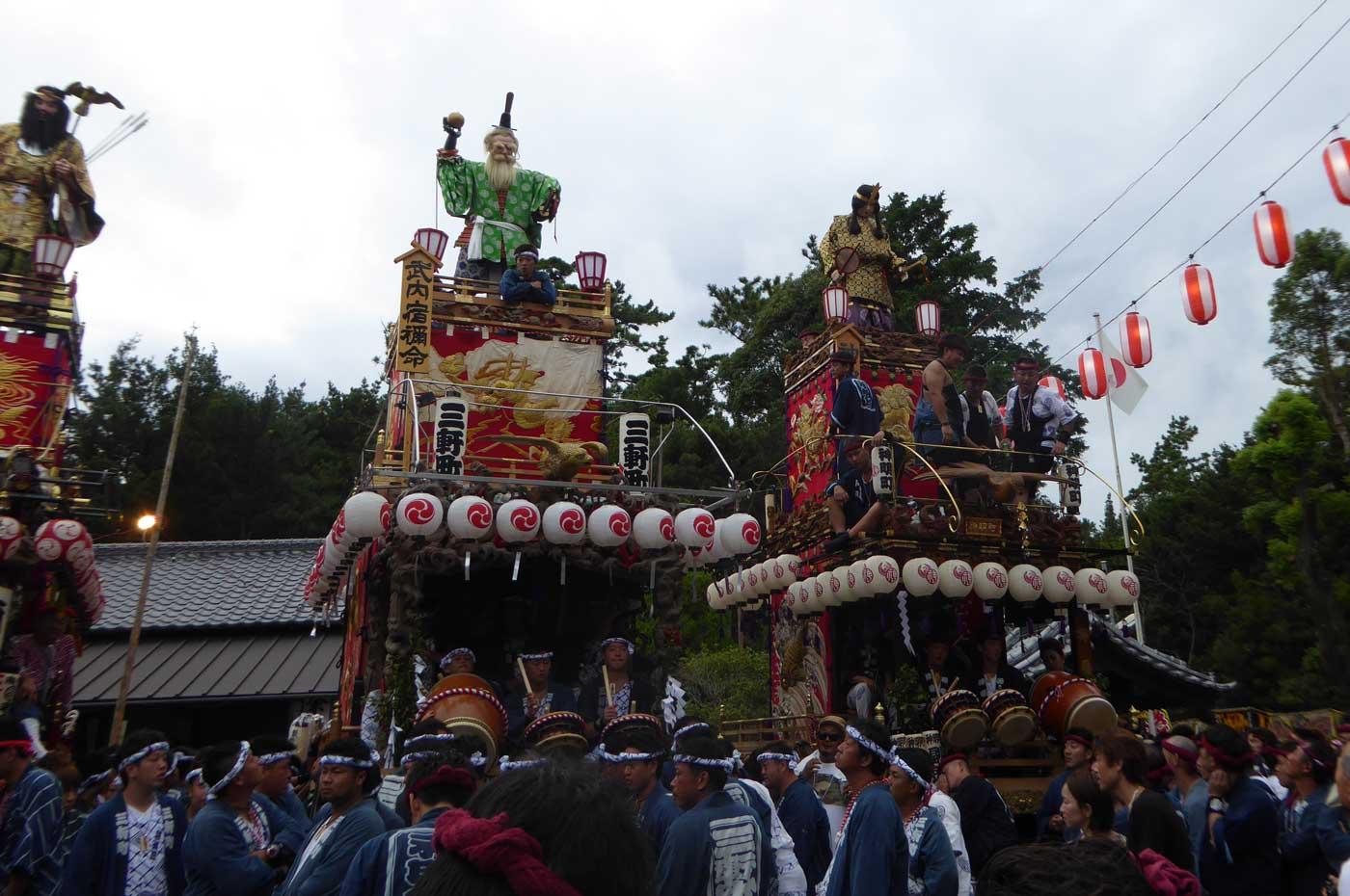 三軒町・神明町の山車