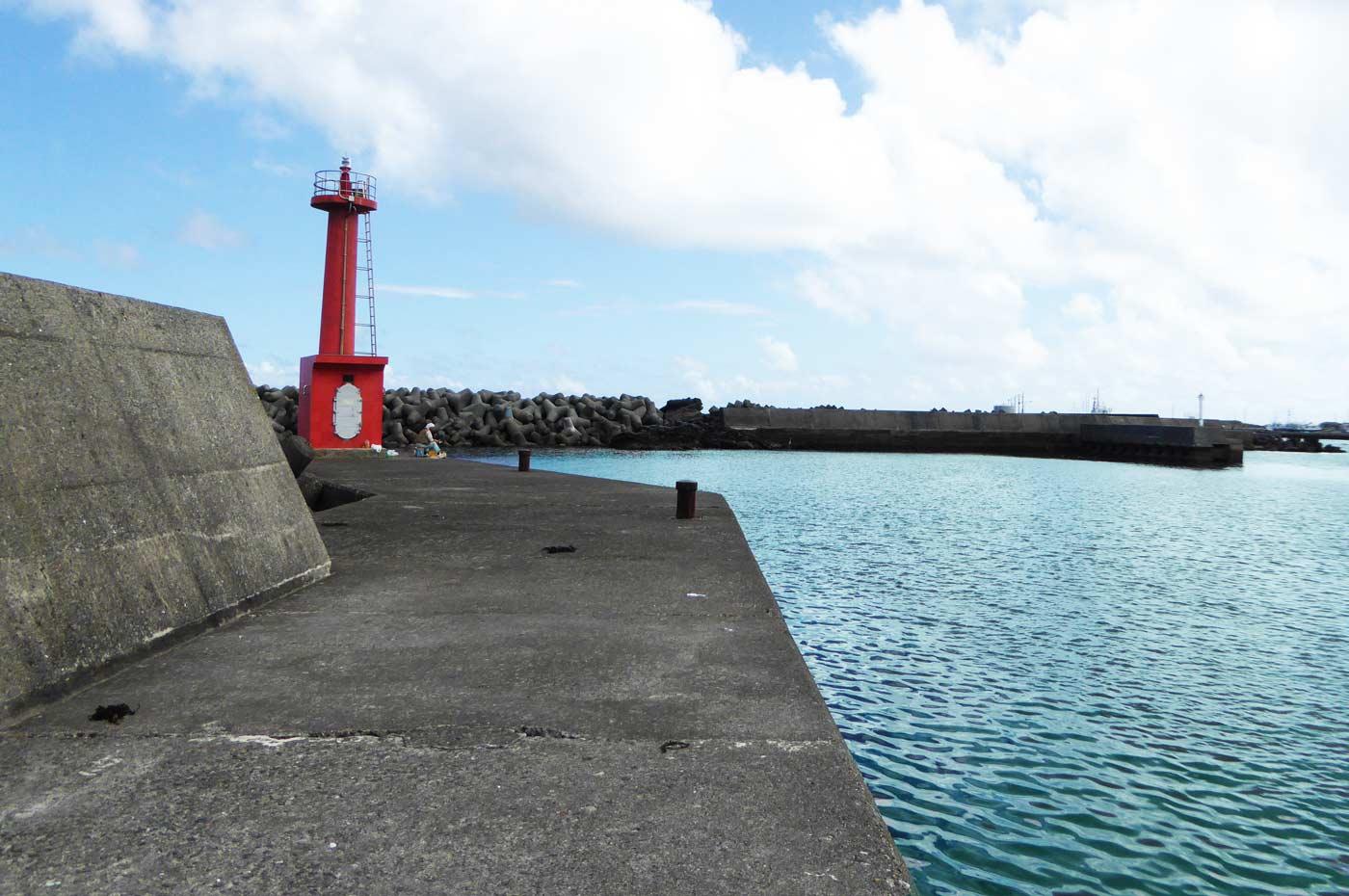 千倉港の赤灯台のポイント