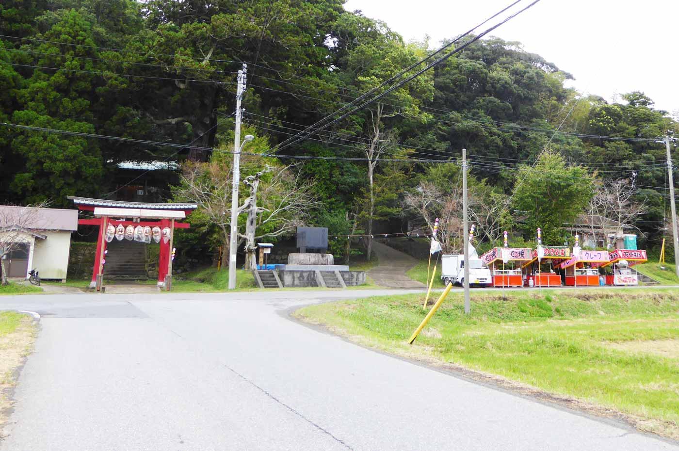 日枝神社前の露店の画像