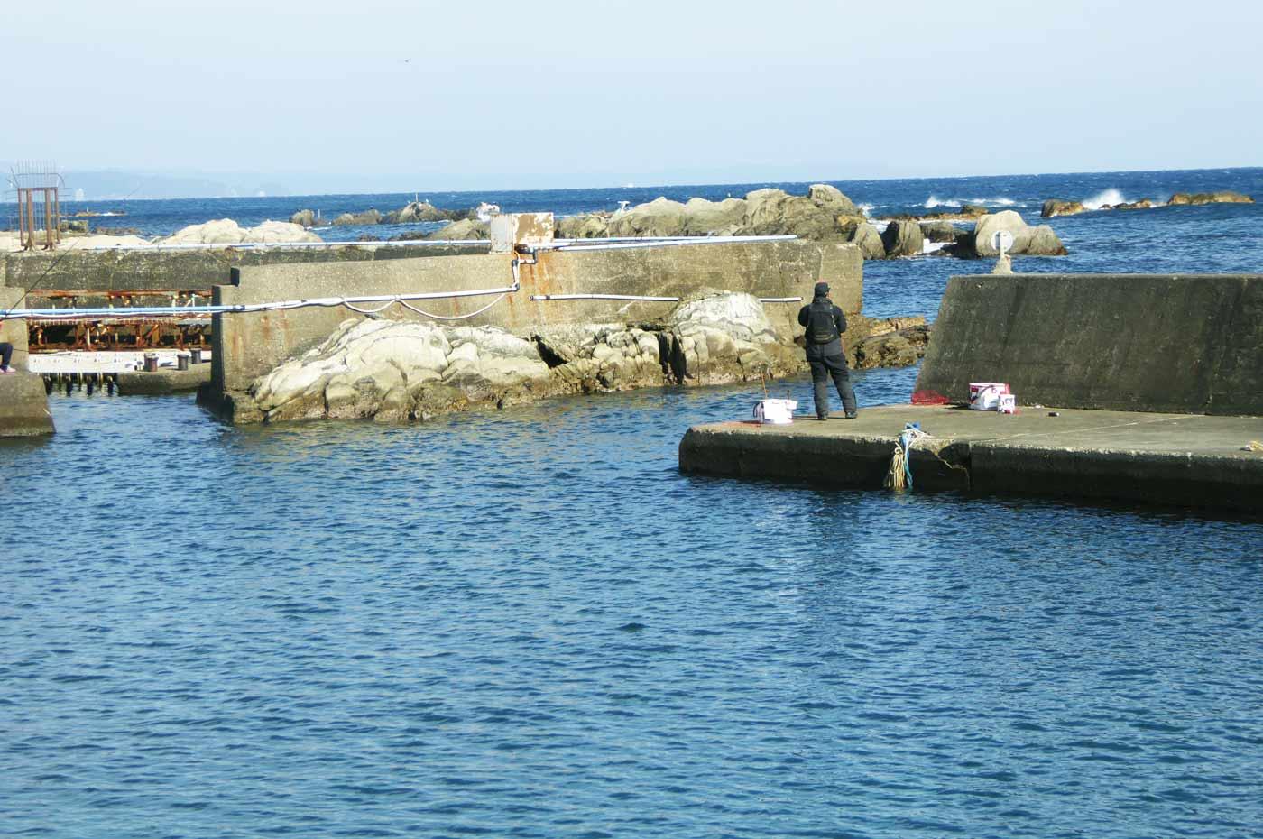 忽戸港の小突堤