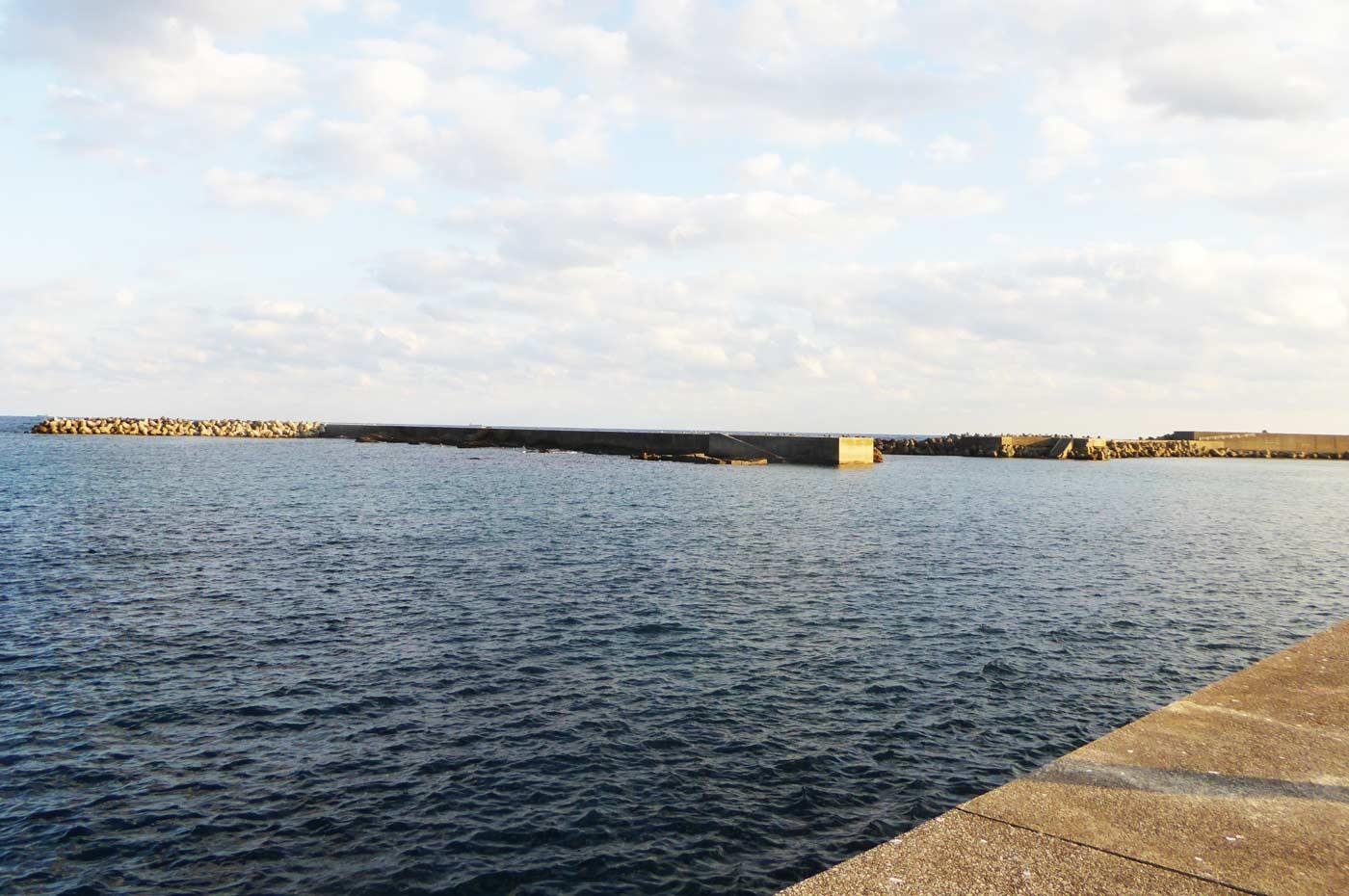 乙浜港の沖堤防1