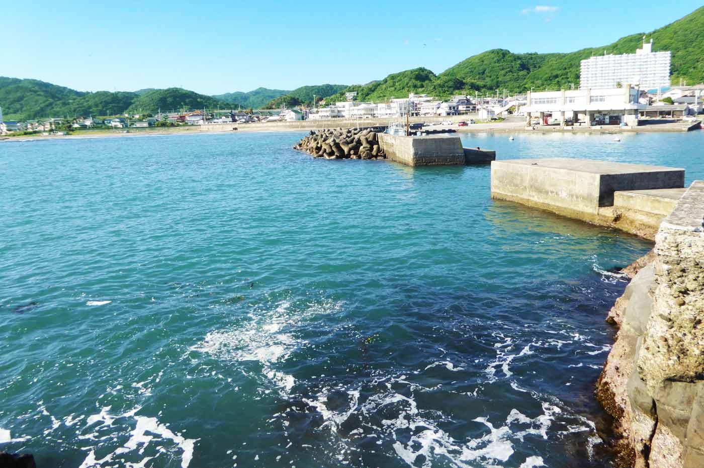 江見港の小突堤