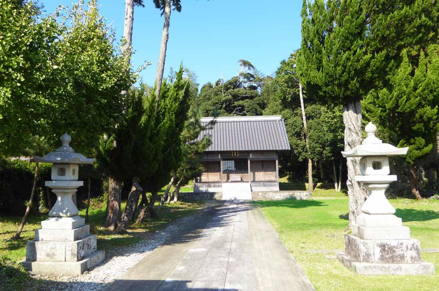 皇神社の現在の拝殿の画像