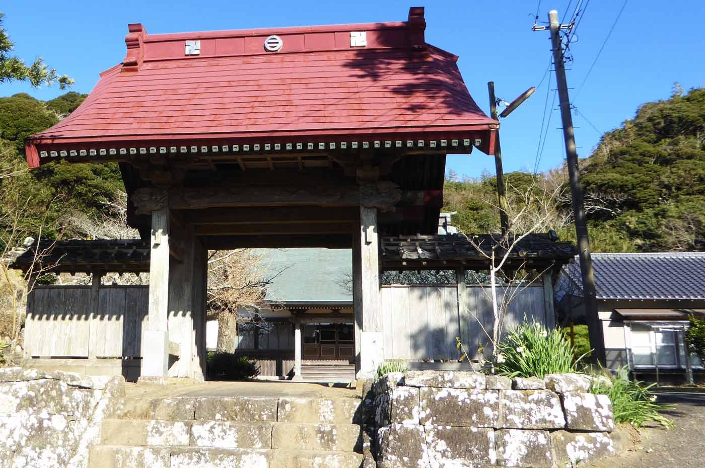 福生寺の山門の写真