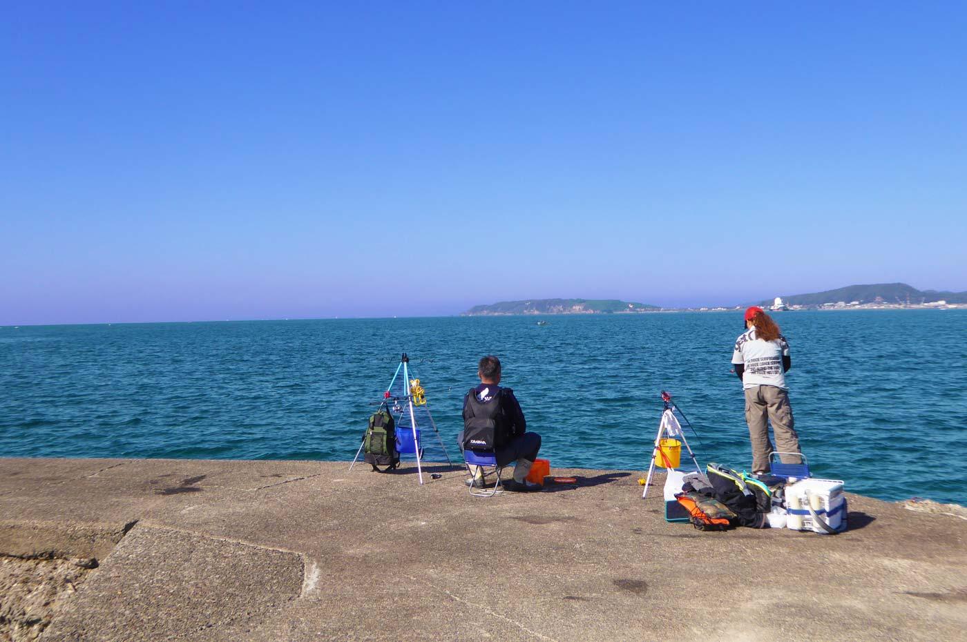 築港堤防最初の角付近のポイント画像
