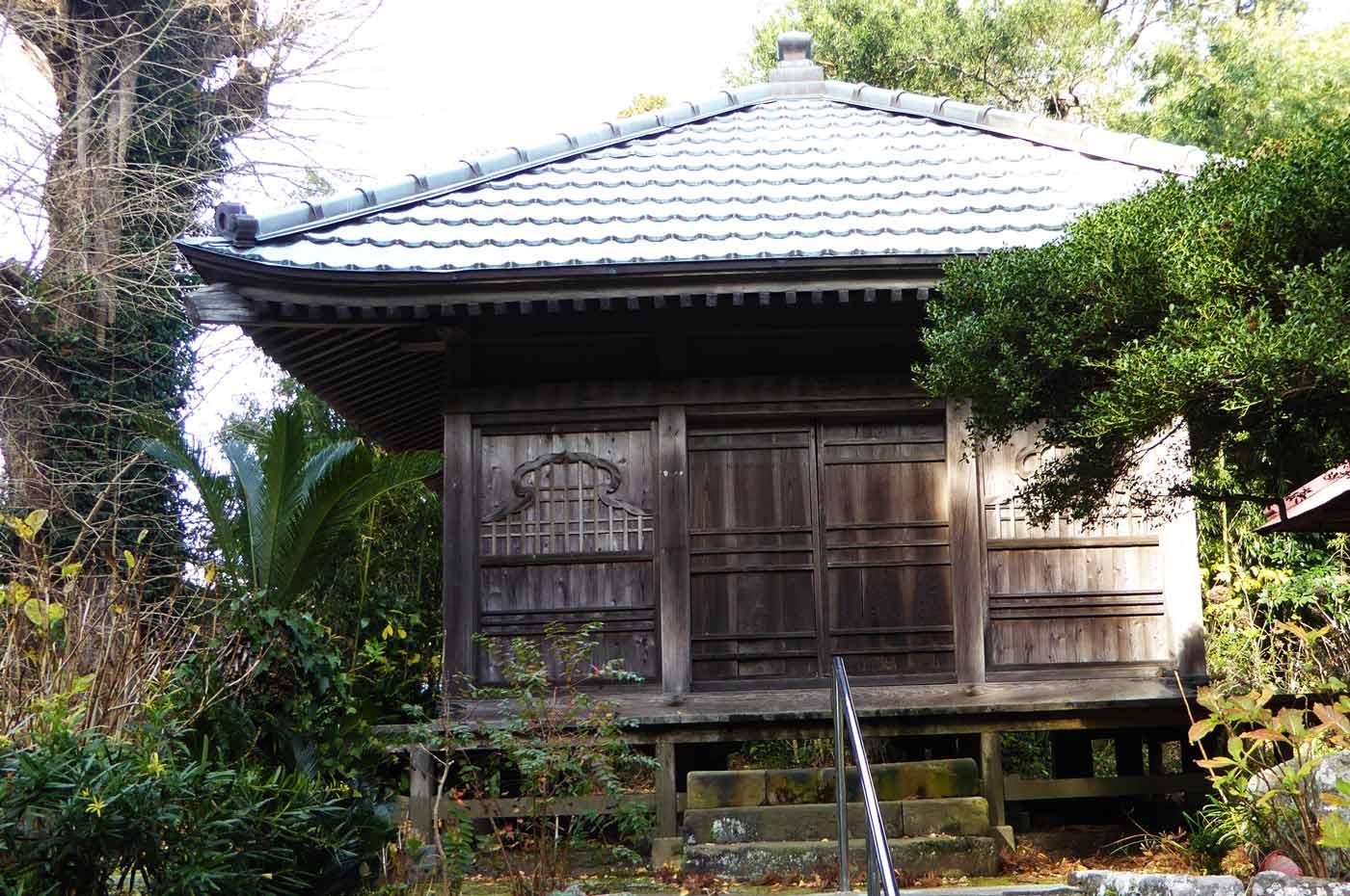 円蔵院の観音堂