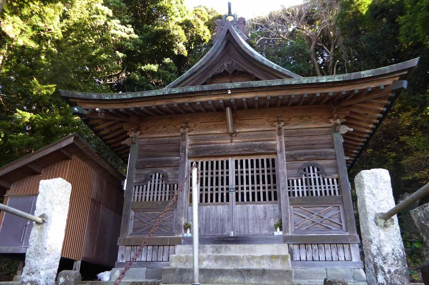 日枝神社(館山市下真倉)の拝殿
