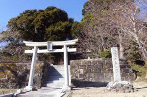 諏訪神社(南房総市上堀)鳥居の画像