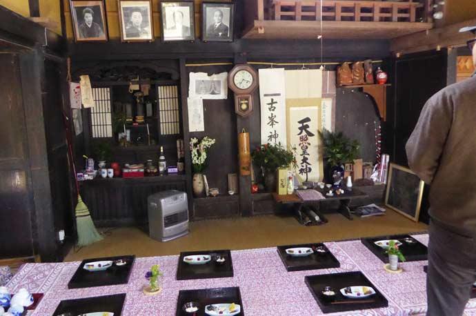 百姓料理じろえむの仏壇の画像