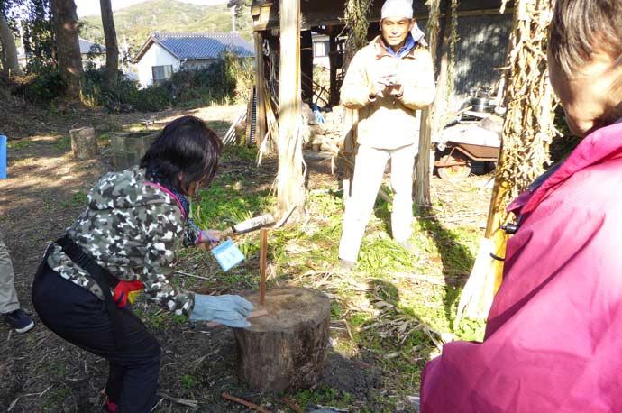 薪割り体験の画像