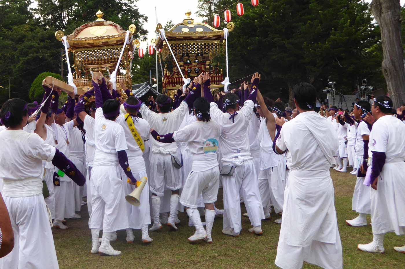 手力雄神社の神輿(安房国司祭)
