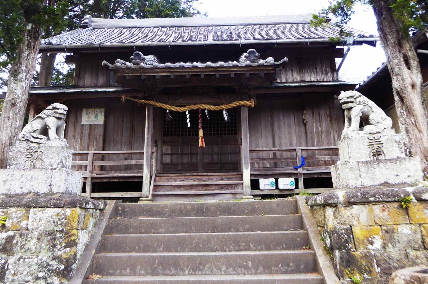 滝田神社本殿の画像