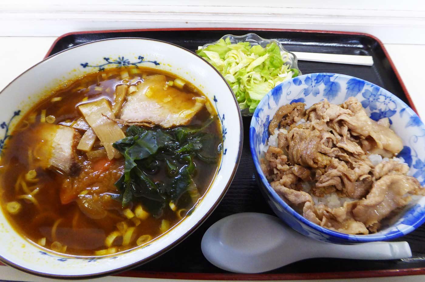 カレーラーメン・焼肉丼セットの画像