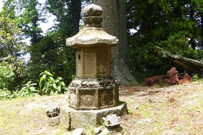 清澄寺石幢の画像
