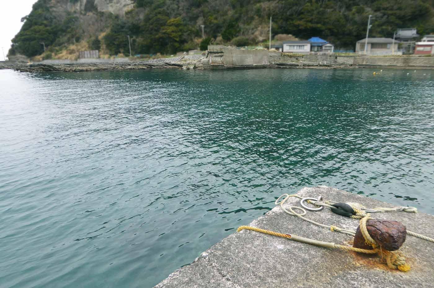 港内左側の小突堤のポイント