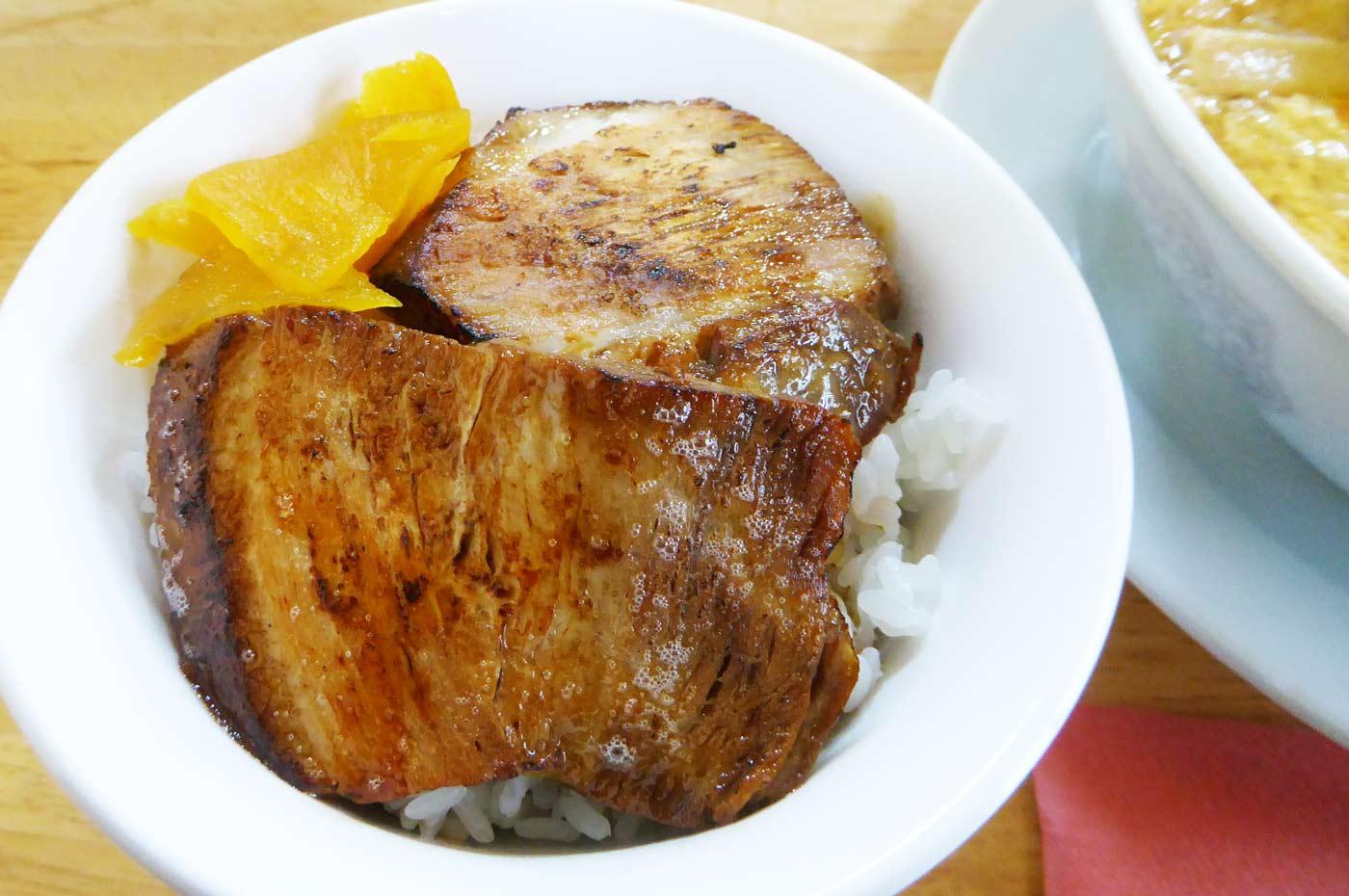 ミニチャーシュー丼の画像