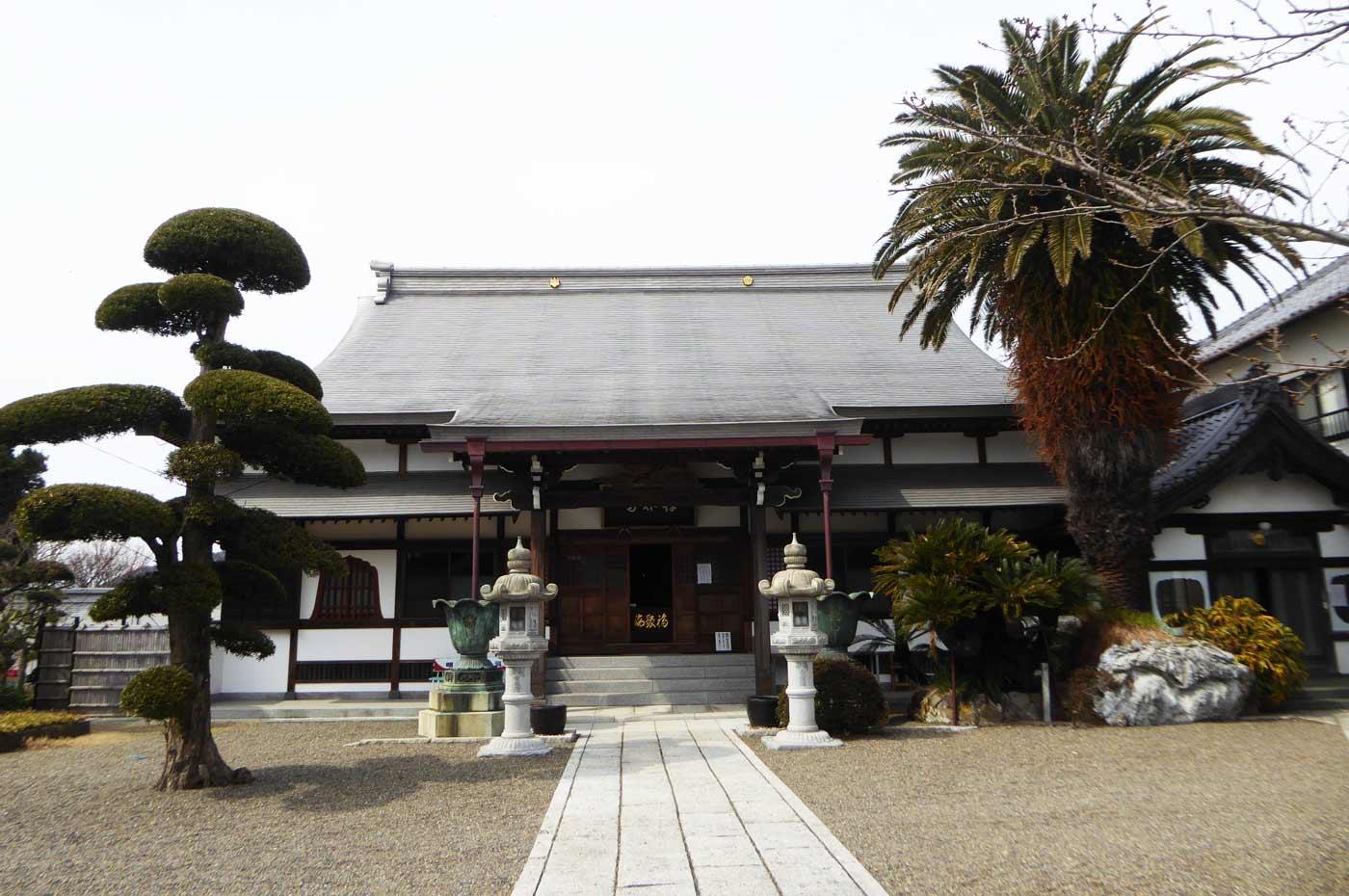 存林寺境内の画像
