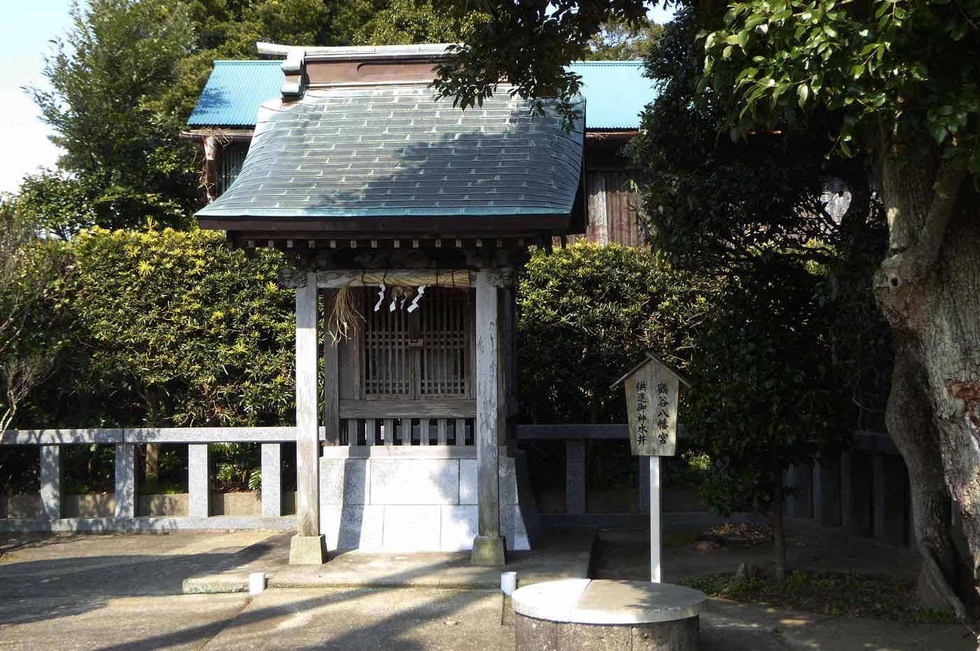 元八幡神社の拝殿の画像