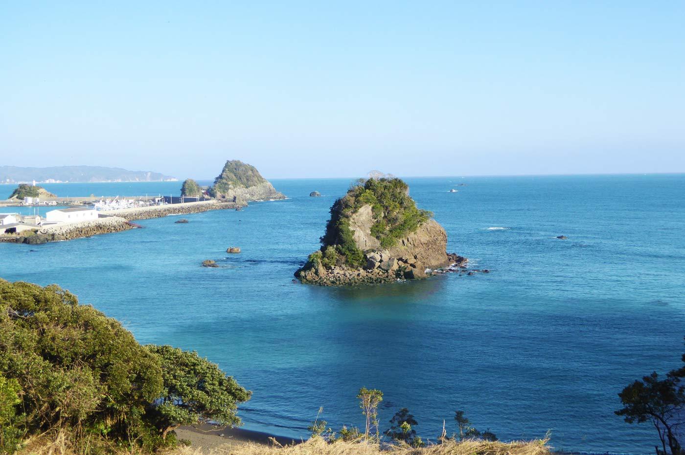 鴨川松島(ドローンによる空撮)