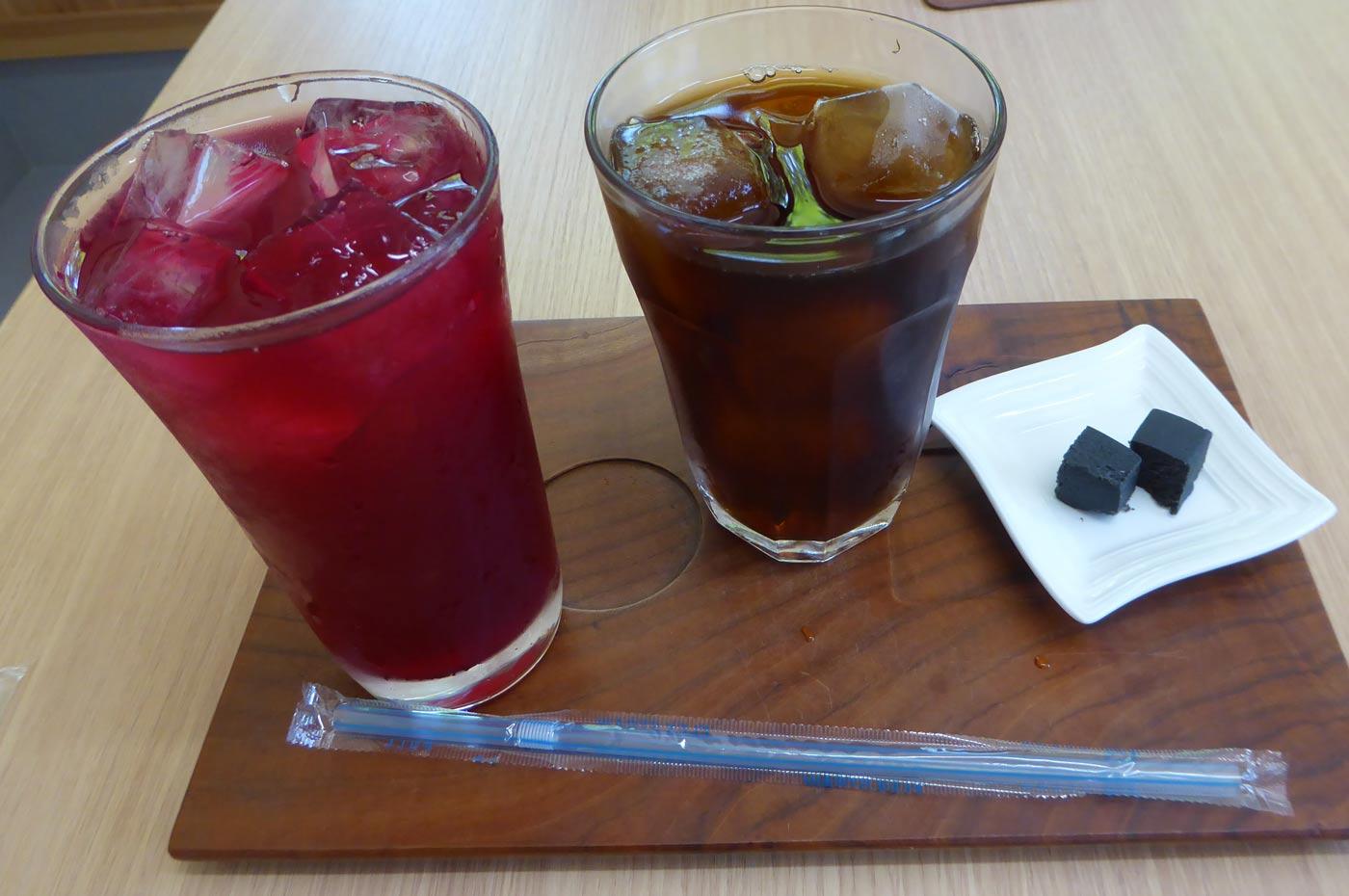 しそジュースとタンポポコーヒー