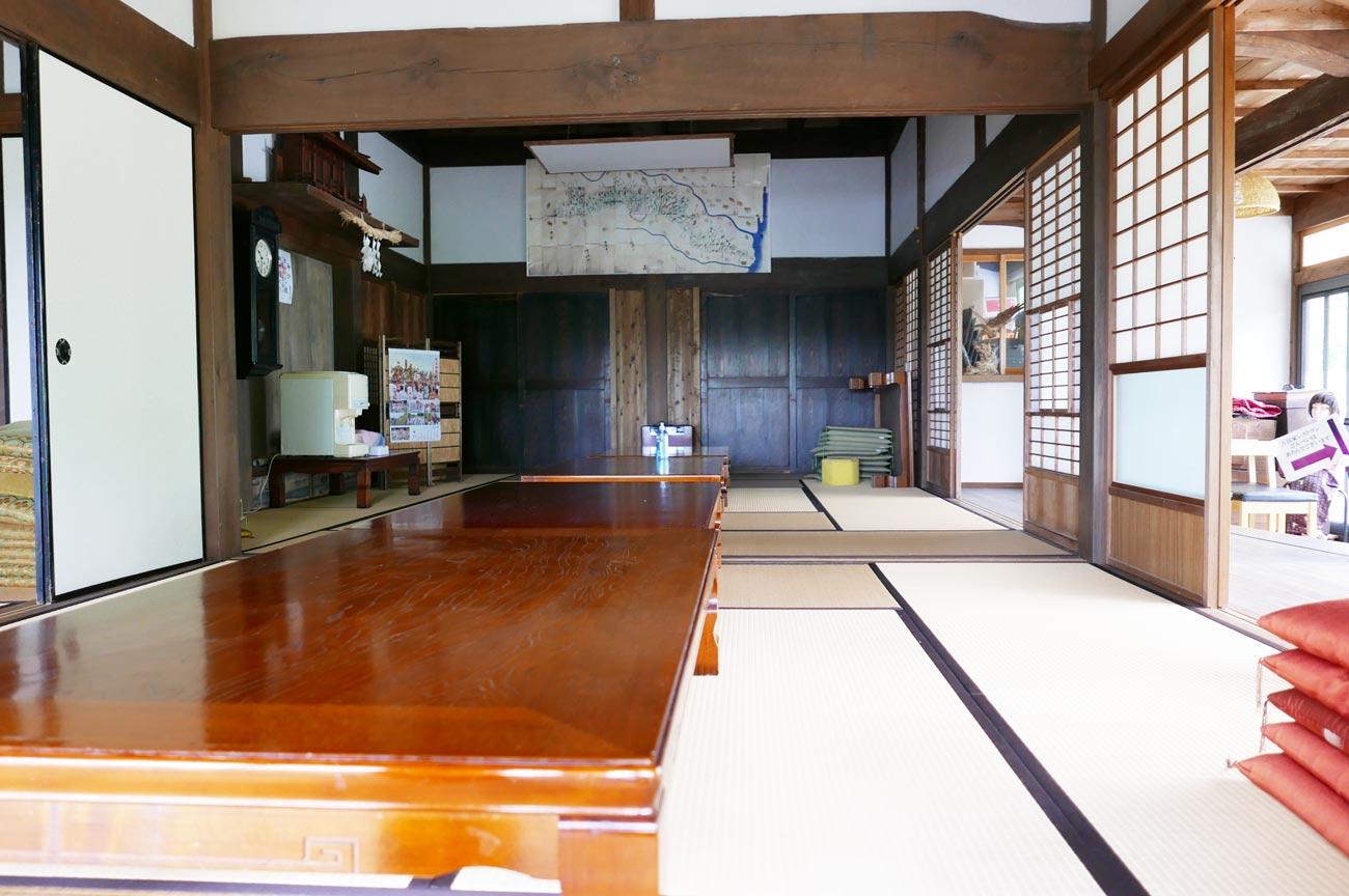棚田カフェの古民家