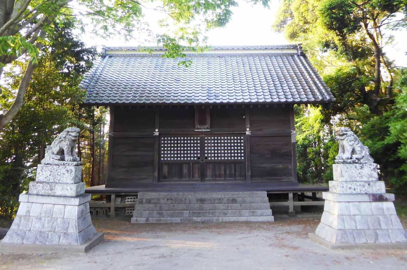 高皇産霊神社拝殿の画像