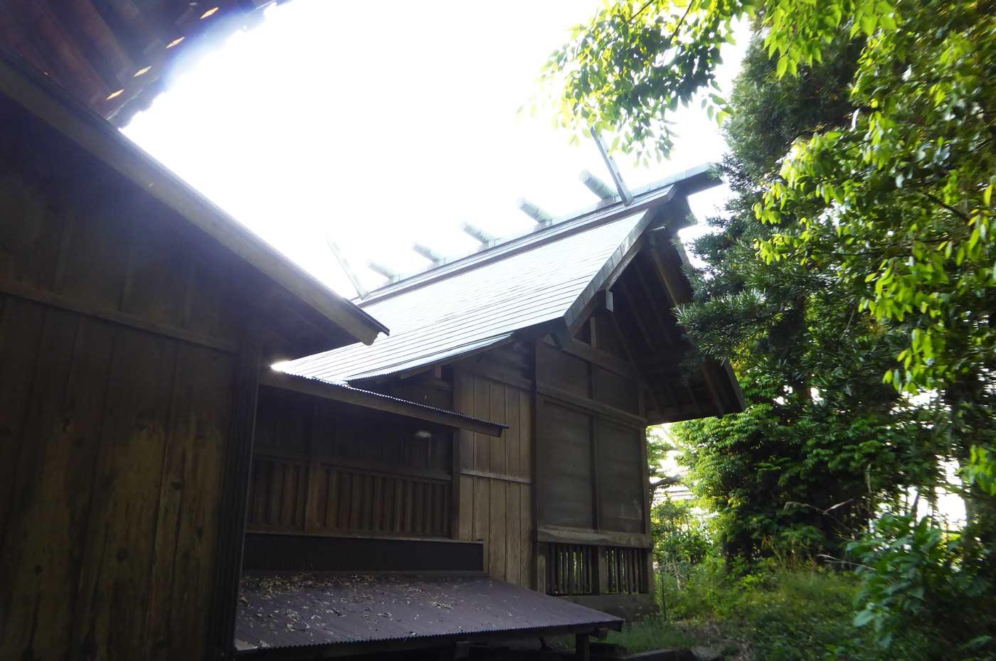 高皇産霊神社本殿の画像
