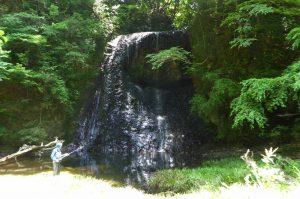 四方木不動滝の男滝