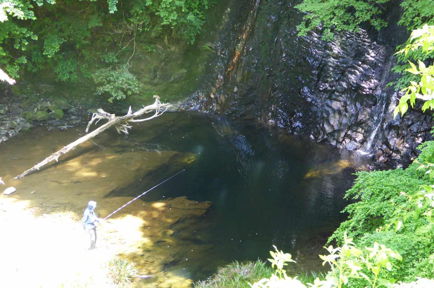 四方木不動滝のハヤ釣り