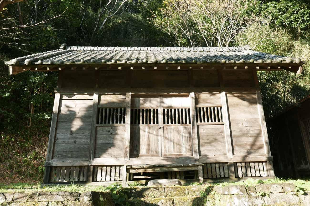 貴船神社拝殿のアップ画像