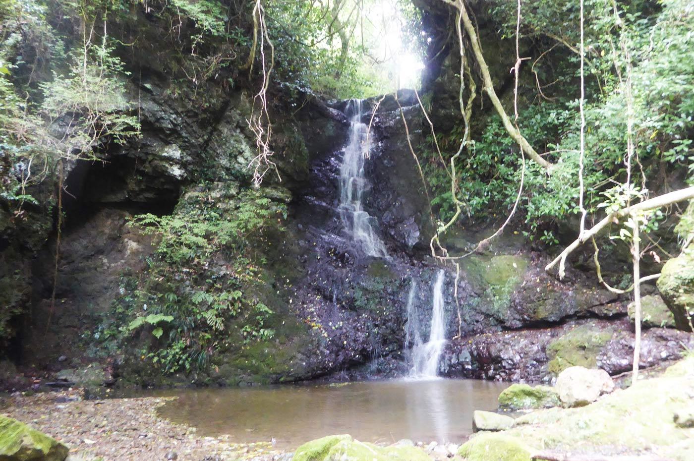 水垢離の滝(前蔵引の滝)