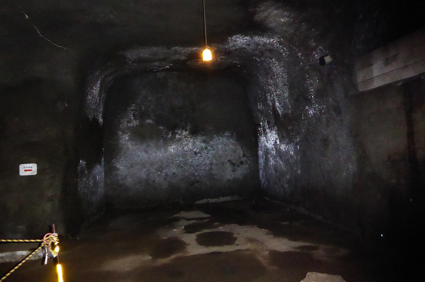 赤山地下壕入り口付近の突き当りの画像