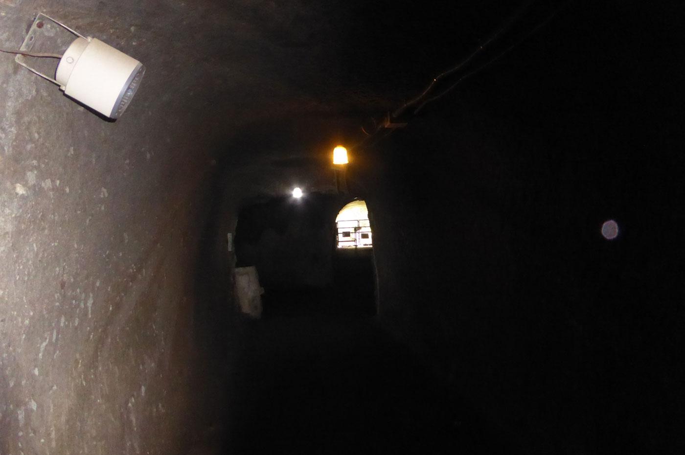 赤山地下壕の内部画像3