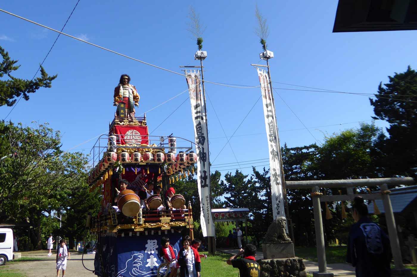 根本地区三嶋神社の山車